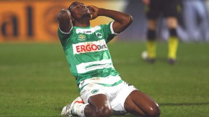 Olivier Occean se lamenta tras el pitazo final