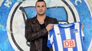 Ben Sahar presentado con el Hertha