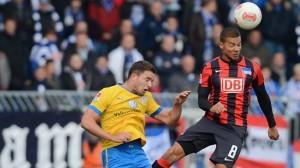 Eintracht Braunschweig y Hertha Berlin mantienen su distancia