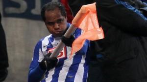 Ronny vuelve a dar tres puntos al Hertha