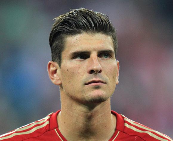 Sin titularidad garantizada, varios clubes quieren a Gómez.