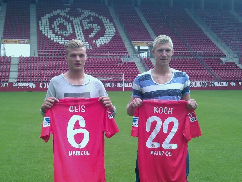 Geis y Kock presentados como nuevos refuerzos del Mainz. Foto: mainz05.de