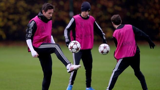 Frank Lampard durante el último entrenamiento previo del Chelsea antes del encuentro de mañana. Foto: Getty Images.