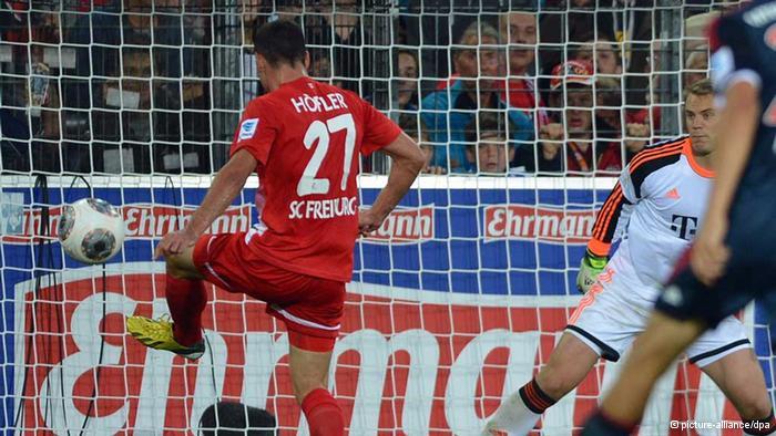 Höfler anotando el gol del empate del SC contra el FC Bayern. foto: picture-alliance/dpa