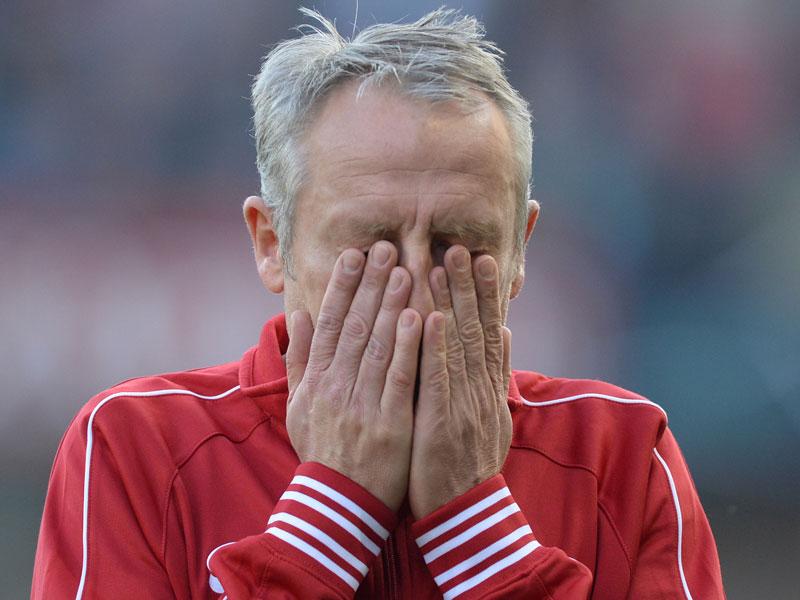 Lamento. Streich siente que ciertos árbitros son uno de los motivos del presente del equipo. Foto: kicker.de