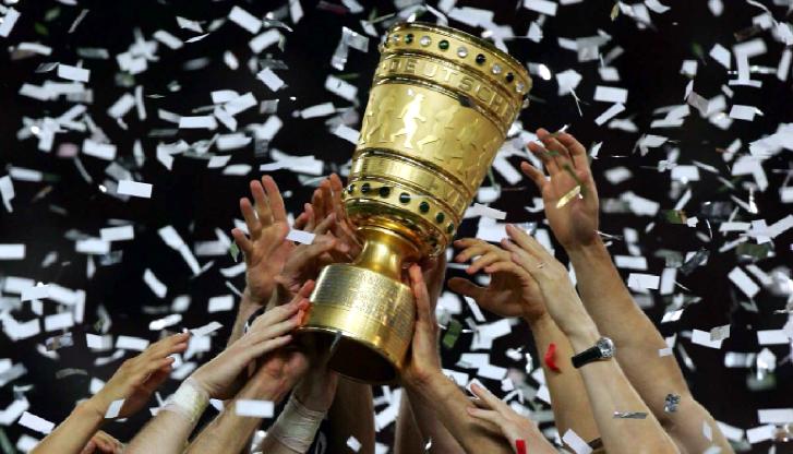 herrenfussball_dfb-pokalfinale2010_pokal_02