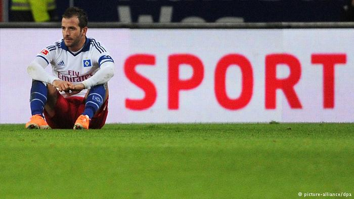 Adiós. Van der Vaart no continuará en el HSV. Foto: dw.de//picture-alliance, dpa