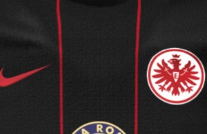 Camiseta local Eintracht Frankfurt 2015/16