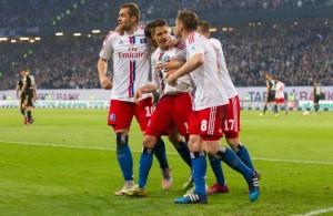 El gol de Iličević deja al HSV con chances, pero deberán dar todo en Karlsruhe el lunes para sobrevivir. Imagen Fuente: www.greenwichtime.com