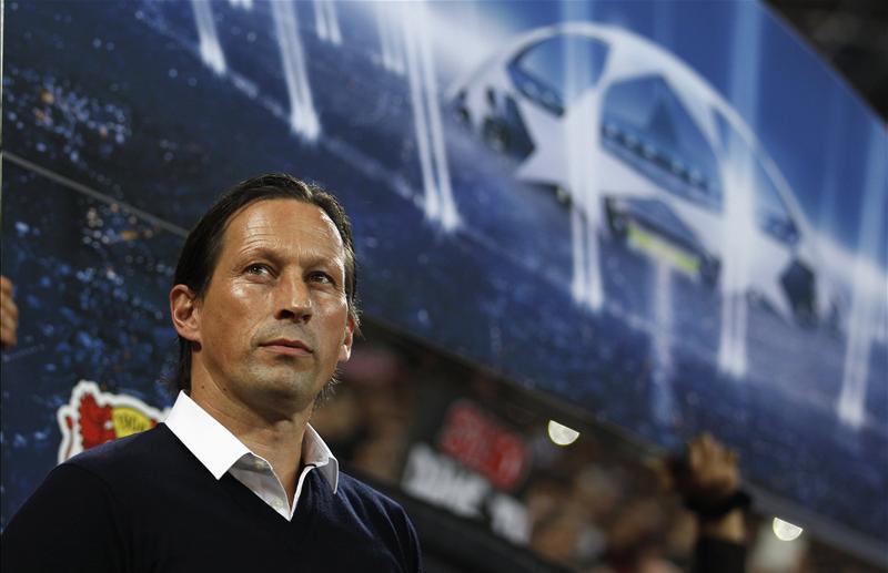 Roger Schmidt renueva Bayer Leverkusen