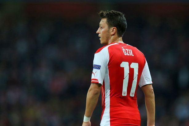A pesar de la lesión de 3 meses, Özil jugó 32 encuentros la pasada 2014/15. Foto: Daily Mirror/getty