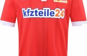 Nuevo uniforme de local del 1. FC Union Berlin. Fuente: footyheadlines.com