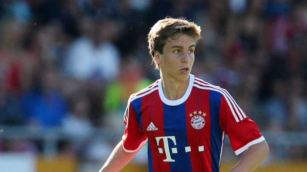 Gaudino vistiendo la camiseta del Bayern. Foto: falso9blog.com