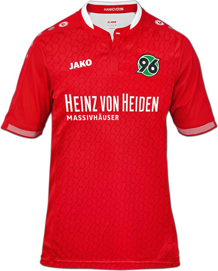 Un muy peculiar diseño se ve en la nueva camiseta local del Hannover 96. Fuente: footyheadlines.com
