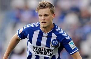 El lateral izquierdo Philipp Max estaría en la órbita del FC Augsburg, que jugará la Europa League desde septiembre. Imagen Fuente: bild.de