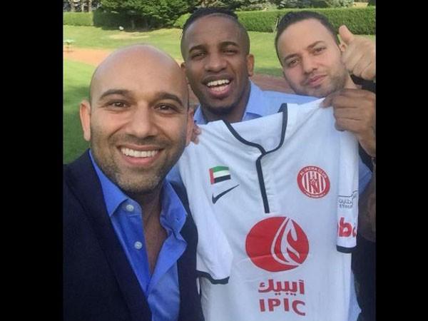 Jafferson Farfán Schalke 04 firma Al-Jazira