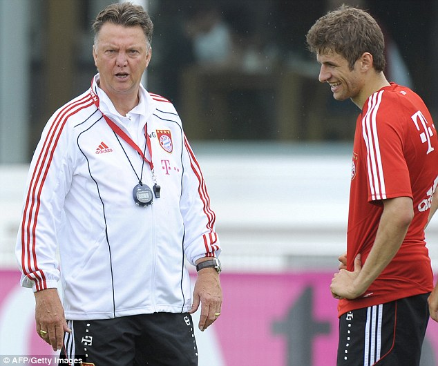 Van Gaal y Müller, una relación de amistad de años. ¿se lo lleva a Old Trafford?. Foto: Daily Mirror