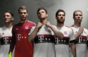 Bayern-Munchen-15-16-Auswarts-Trikot (1)
