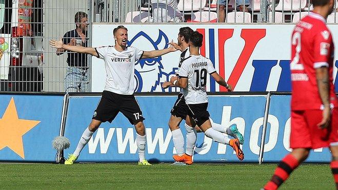 Florian Hübner (No° 17) celebra el 4:3 sobre el Union Berlin. Foto: sport1.de