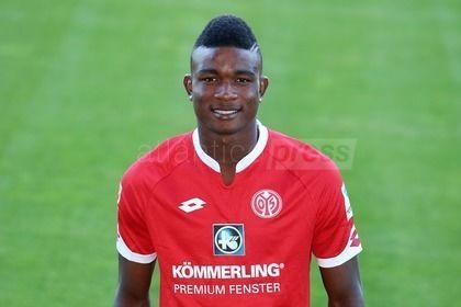 El atacante colombiano Jhon Córdoba ya fue presentado en el Mainz. Llevará el dorsal número 15. Imagen Fuente: Atlantico Press