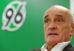 Martin Kind, presidente del Hannover 96. Imagen procedente de: static.goal.com