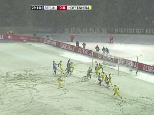Hertha-Hoffenheim del pasado 22 de noviembre. Partido correspondiente a la decimotercera jornada de la Bundesliga. Imagen procedente de: cdn.foxsports.la.com