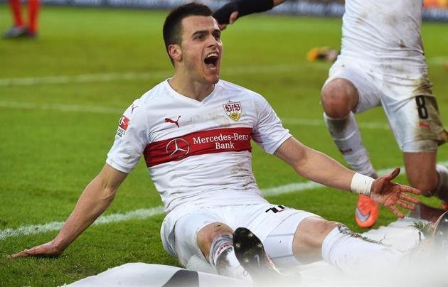 Kostic atraviesa su segunda temporada en el club. Foto: es.deportes.yahoo.com / EFE