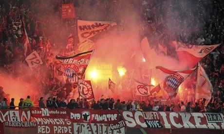 Ultras radicales del Bayern Múnich. Imagen: holmesdale.proboards.com