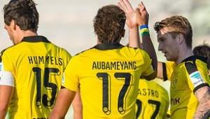 El Borussia celebrando el primero de los cuatro tantos que le endosaron al Jeonbku coreano, obra Marco Reus. Imagen procedente de: hdsport.net