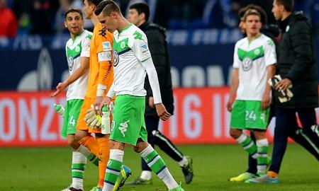 of Schalke challenges of Wolfsburg during the Bundesliga match between FC Schalke 04 and VfL Wolfsburg at Veltins-Arena on February 6, 2016 in Gelsenkirchen, Germany.