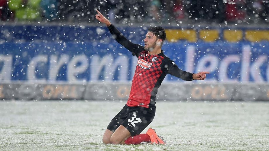 Friburgo no se amilana y sigue la estela del líder de vuelta a la Bundesliga, y, por qué no, ser campeones de la categoría. Foto: Matthias Hangst/Bongarts/Getty Images