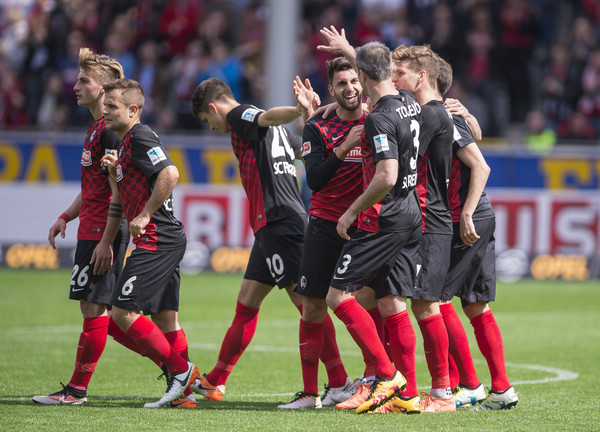 Vincenzo+Grifo+SC+Freiburg+v+FC+St+Pauli+2+8gZJA0PRz2ql