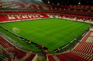 Estádio Da Luz. Imagen procedente de: static.panoramio.com