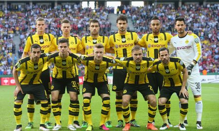 BERLIN, GERMANY - MAY 21:  Players of Borussia Dortmund liens-up for the DFB Cup Final 2016 between Bayern Muenchen and Borussia Dortmund at Olympiastadion on May 21, 2016 in Berlin, Germany.  (Photo by Alexander Hassenstein/Bongarts/Getty Images)