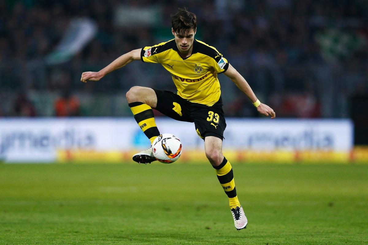 Borussia Dortmund Julian Weigl