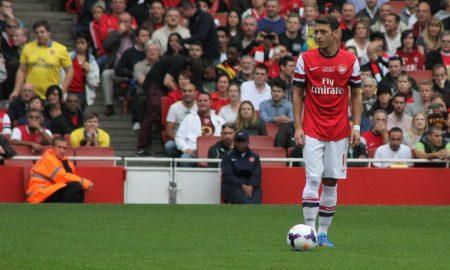 Özil podría irse cedido a otro equipo