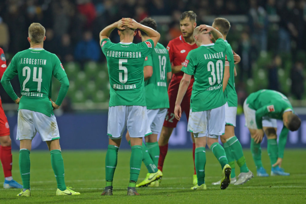 El Werder Bremen pasa por su momento más crítico en 40 años, al borde del descenso directo.