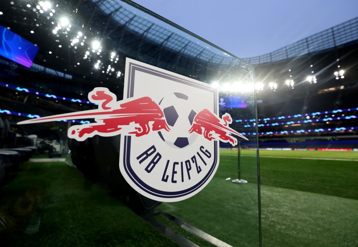 Video Rb Leipzig Cambia Su Escudo Para La Proxima Temporada