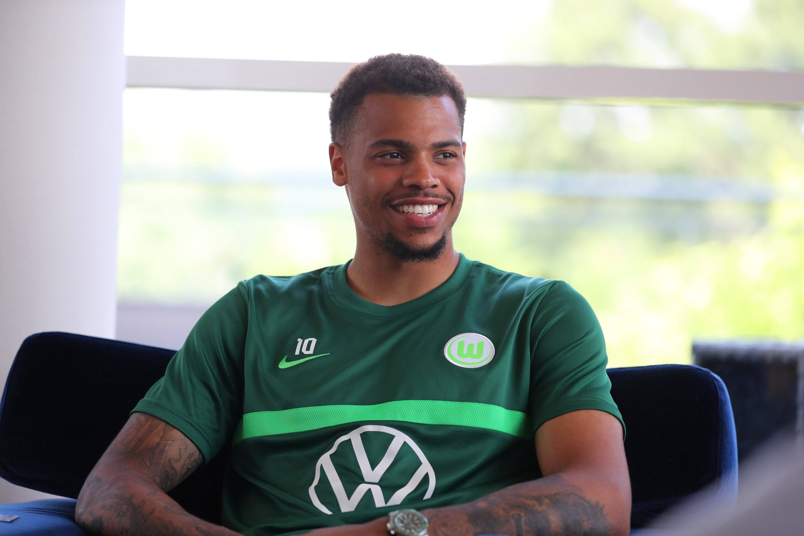 Lukas Nmecha se siente a gusto en su nueva etapa como Wolfsburg. Foto: Imago.