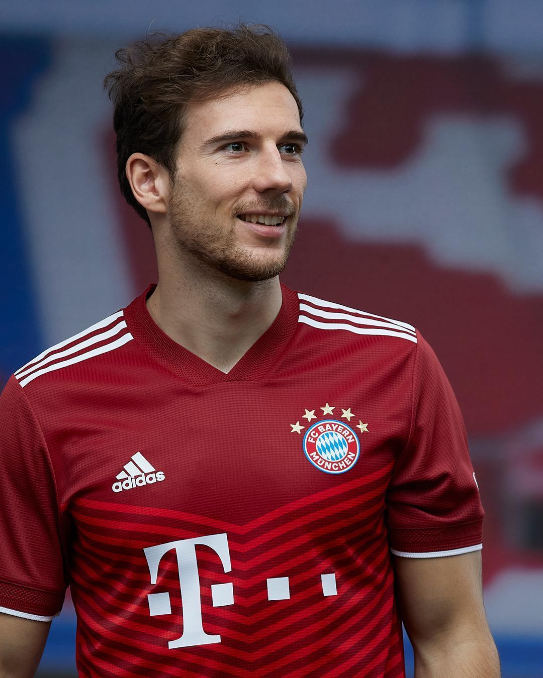 El novedoso diseño de la nueva camiseta del FC Bayern. Foto: Twitter FC Bayern