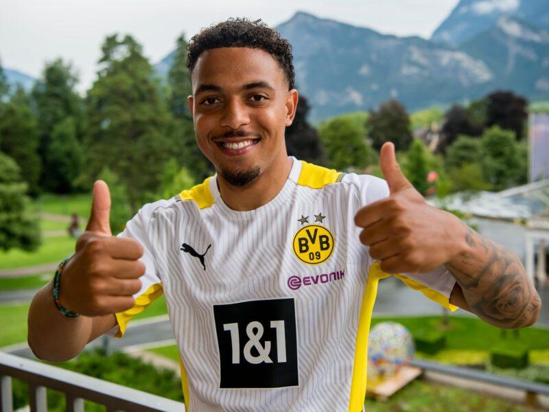 Donyell Malen, la nueva estrella de Borussia Dortmund.
