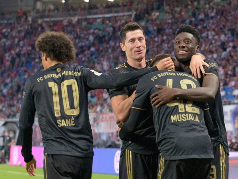 El festejo de los jugadores de FC Bayern München tras la goleada a RB Leipzig. Foto: Imago.