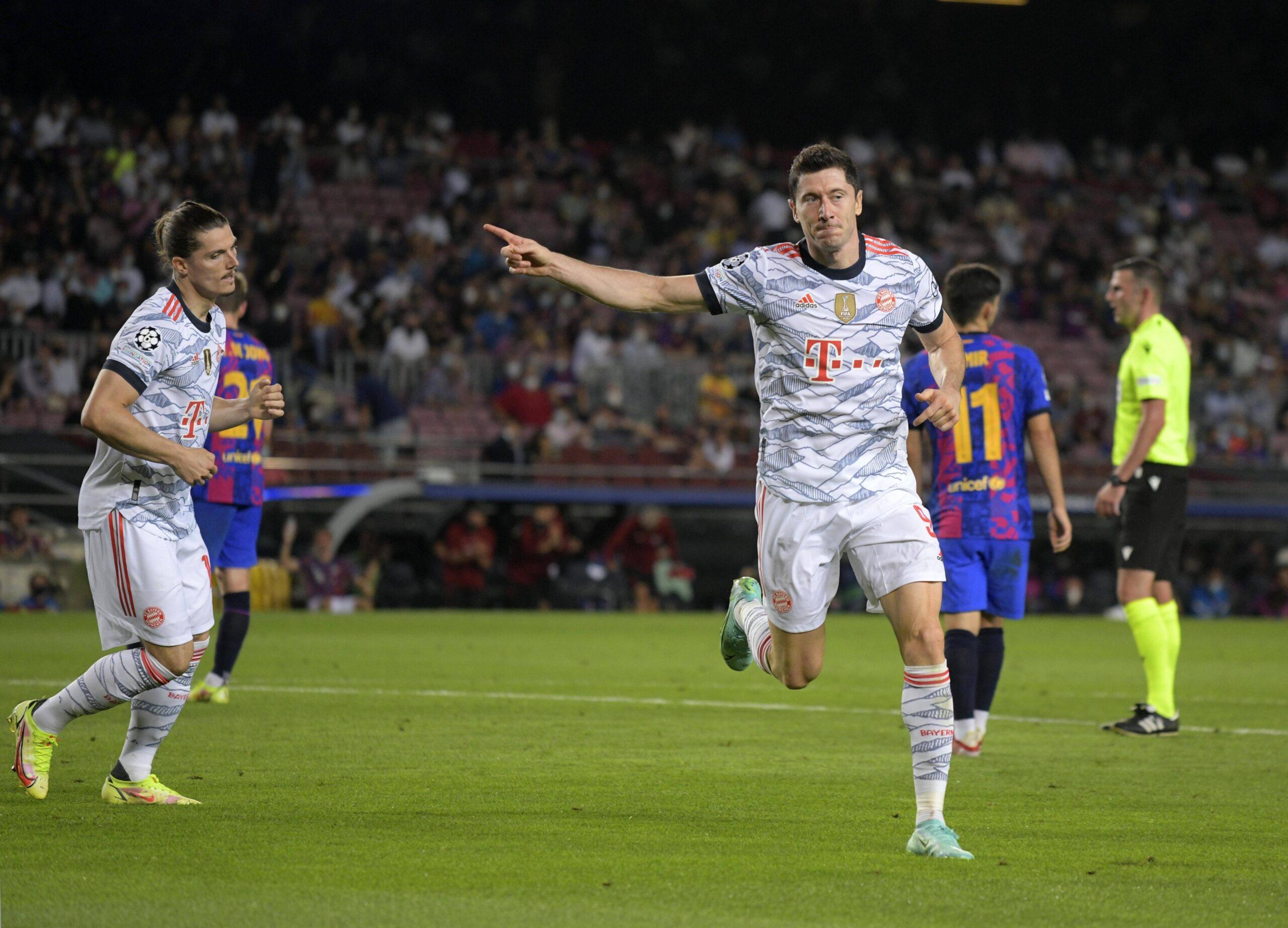 Robert Lewandowski gritó presente en la goleada por 3:0 de FC Bayern München a FC Barcelona. Foto: Imago.