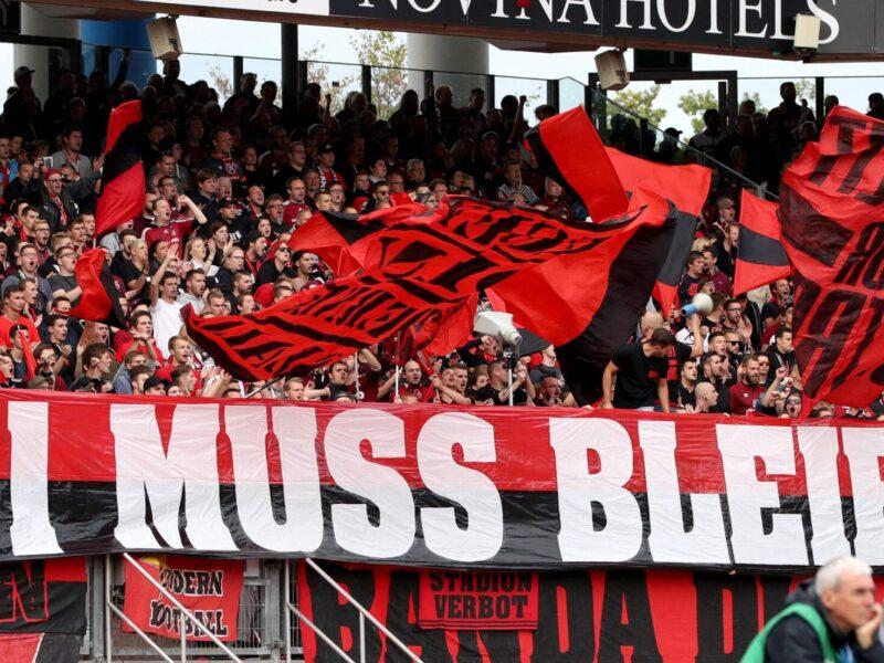 Las aficiones del fútbol alemán ya han hablado y no quieren que la regla del 50+1 sea modificada. Foto: Imago.