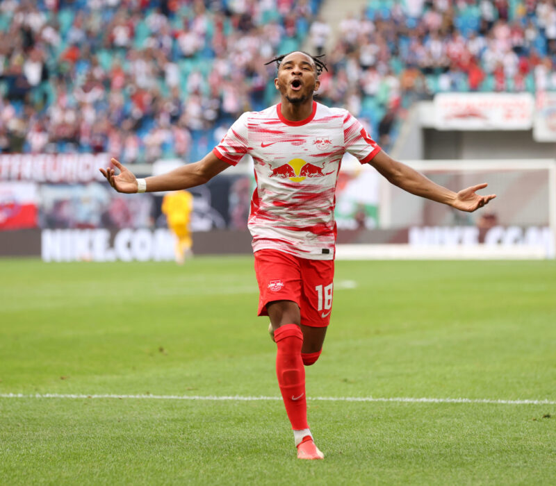 Nkunku, le vuelve a dar vida al RB Leipzig. Foto: Imago.